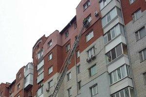Под Киевом спасли годовалого ребенка, который закрылся в квартире
