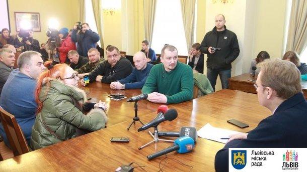 Во время встречи. Фото: пресс-служба мэрии Львова