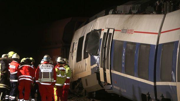 ВГермании столкнулись поезда: пострадало неменее 50 человек