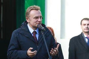 СБУ допросила Садового по делу о посягательстве на территориальную целостность Украины