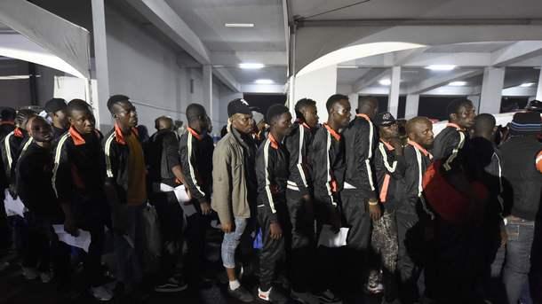 Еврокомиссия подаст в суд на Венгрию, Польшу и Чехию за отказ принимать беженцев