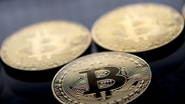 Стоимость биткоина перевалила за 13 тысяч долларов