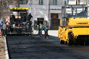 Ремонт дорог в Украине: Рада продлила таможенный эксперимент