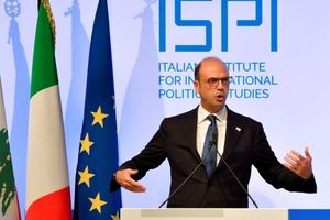 В МИД Италии назвали единственный способ, как закончить войну на Донбассе
