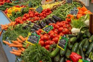 Цены на продукты в Украине: как менялись в этом году и почему продолжают расти