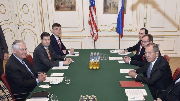 Лавров заявил о противоположности подхода США к решению проблемы Донбасса