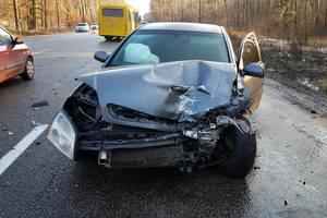 Под Киевом столкнулись два авто, погибла женщина-пассажир