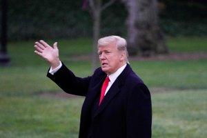 Трамп ввел в Калифорнии режим ЧС из-за лесных пожаров