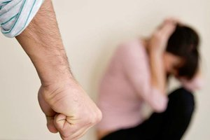 Насилие в семье: жертвами стали тысячи харьковчан