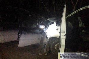 Тройное столкновение в Тернопольской области: погиб водитель, четверо пострадали
