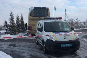 """Нападение на польский автобус возле Львове расследуют как """"теракт""""  – СБУ"""