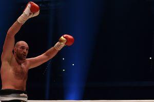 Побивший Кличко боксер Тайсон Фьюри получил разрешение вернуться в спорт