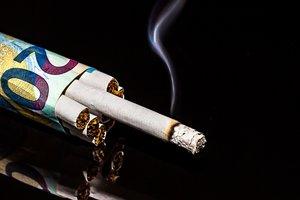 Сигареты в Украине подорожают: чего ждать курильщикам