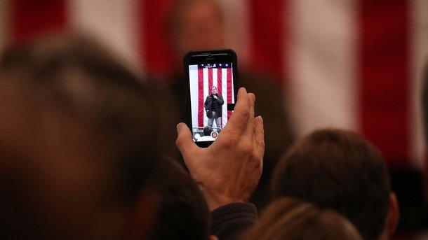 Вweb-сети интернет показали «близнеца» iPhone XизКитая