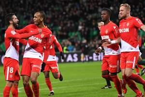 """Все матчи тура во Франции: """"Монако"""" громит соперника без вратаря, Неймар - """"Ренн"""""""