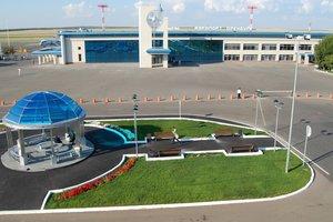 """Российский аэропорт """"заложил"""" в банк вертолеты, чтобы выплатить зарплату сотрудникам"""