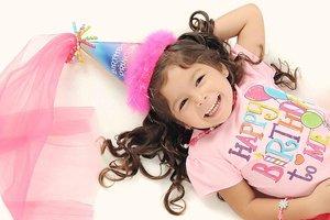 Люди стареют из-за вечеринок в честь дня рождения: забавное исследование с детьми