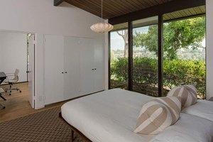 Как выглядит новый особняк Мэрил Стрип в пригороде Лос-Анджелеса