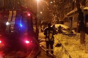 В киевской многоэтажке вспыхнул пожар: пострадали дети