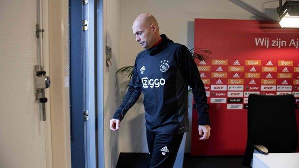 «Аякс» сократил основного тренера после вылета изКубка Голландии