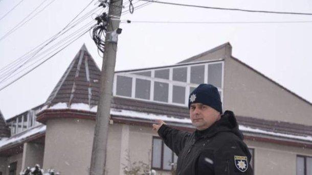 Иннициативу полицейского поддержали всем селом. Фото: Нацполиция
