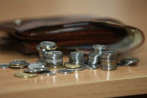 Как вырастут зарплаты и пенсии в 2018 году: Гройсман озвучил цифры