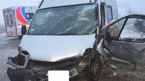 ВСловакии автобус сукраинцами попал вДТП: пассажиры травмированы