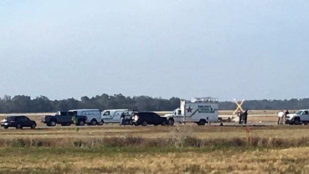 В итоге крушения двухмоторного самолёта вСША погибли 4 человека