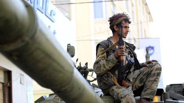 Авиаудары потерритории Йемена: погибли поменьшей мере 50 хуситов