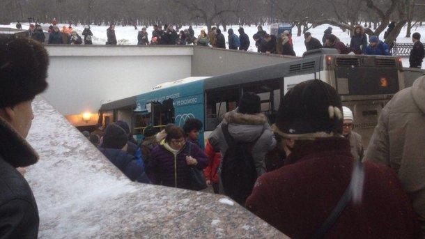 Шофёр автобуса, въехавшего в российской столице вподземный переход, госпитализирован