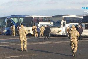 Обмен пленными на Донбассе задерживается