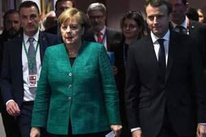 Меркель и Макрон призвали стороны конфликта на Донбассе содействовать дальнейшему освобождению заложников