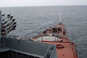 Россия отправила в оккупированный Крым более 40 кораблей