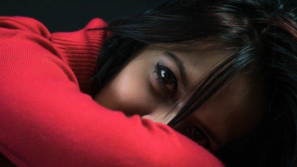 Хирурги-бездари оставили между глаз девушки изТаиланда огромную дыру