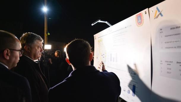 Президент Порошенко проинспектировал строительство дороги Одесса— Рени