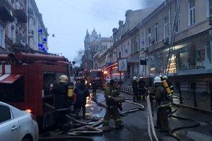 В Одессе пылал ресторан: в сети показали фото