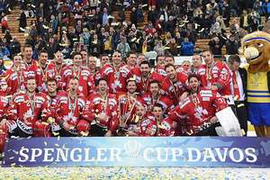 Канадские хоккеисты в последний день 2017 года выиграли Кубок Шпенглера