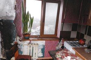 На Запорожском курорте из горящей квартиры спасли двух детей
