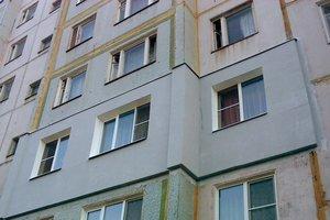Во Львове парень выпал из окна многоэтажки