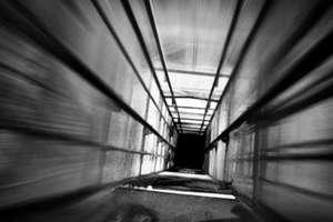 В Луцке до сих пор не работает более полусотни аварийных лифтов