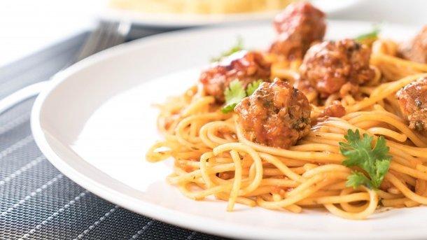 Картинки по запросу Национальный день спагетти (National Spaghetti Day).