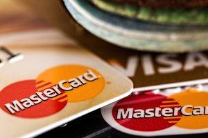 НБУ предупредил украинцев о карточных мошенниках