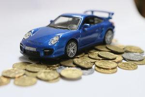 Украинцы стали активнее скупать новые авто