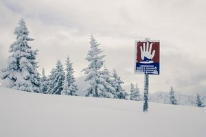 В снежной ловушке в Альпах застряли 10 тысяч туристов