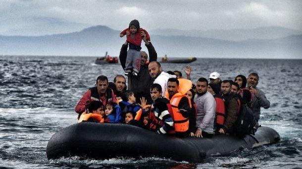 Профессионалы посчитали приплывших вЕвропу поСредиземному морю мигрантов