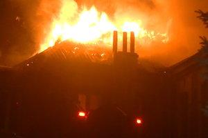 Крупный пожар в Харькове: пожарные восемь часов боролись с огнем