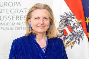 Новый глава МИД Австрии Кнайссль сделала заявление по санкциям против России