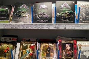 В Сумах продают тетради с портретами Сталина и георгиевскими лентами