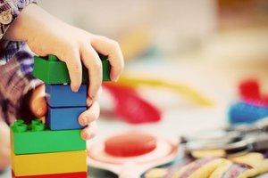 В Запорожье на очереди в детсады стоят 350 детей