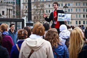 Актуальные профессии в Украине: кто такие гиды-дальнобойщики